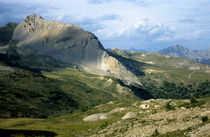 Rm-france-mountain-pass-peaks-remote-scenic-fra41
