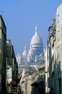 Sacre Coeur as seen from Chartres St von Sami Sarkis Photography