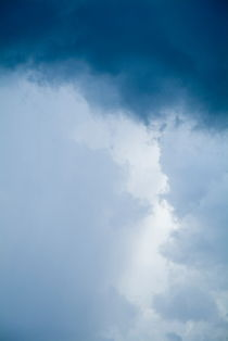 Backdrop of a stormy sky by Sami Sarkis Photography