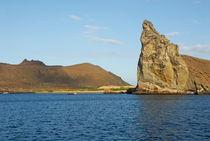 Pinnacle-rock-bartolome-island-galapagos-rm-glp-uwd5123