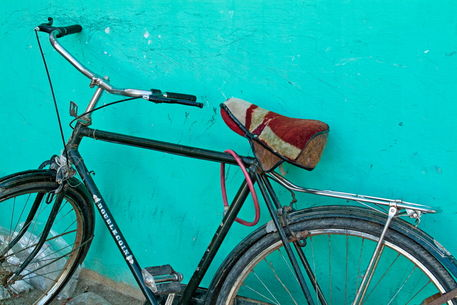 Rf-absence-bicycle-building-egypt-wall-egy308