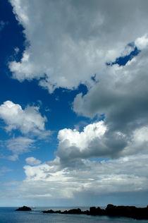 Rf-clouds-normandy-rocks-sea-spit-brt0268