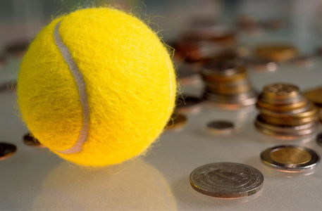 Rf-ball-bizarre-coins-piles-tennis-var128