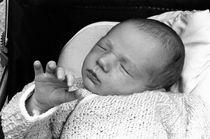 Rf-asleep-baby-cute-dreaming-france-girl-newborn-lla01-35a