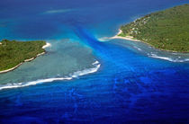 Rf-island-sea-tranquil-tropical-vanuatu-vt281
