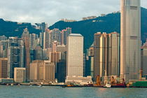Rm-harbor-hong-kong-peaks-skyscrapers-chn2125