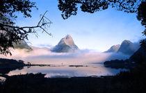Mitre Peak Milford Sound South Island New Zealand von Kevin W.  Smith