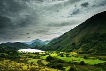 Light on Llyn Gwynant 2 by Graeme Pettit