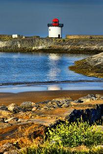 Burry Port Light by Graeme Pettit