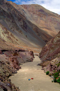 Rafting on the Zanskar River von serenityphotography