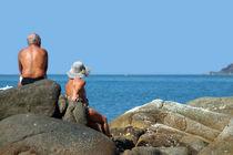 Sitting-on-rocks-palolem