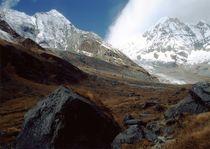 Nepal - Annapurna Himal, Hiunchuli und Annapurna I. 8091 m von Karel Plechac