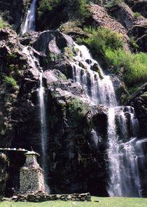 Nepal - Gurkha Himal, Wasserfall bei Chame by Karel Plechac
