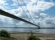 Humber Bridge  von Sarah Couzens
