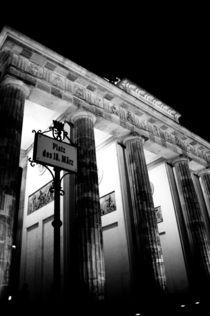 Brandenburger Tor by Thomas Train