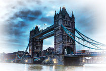 Tower Bridge Blue von deanmessengerphotography