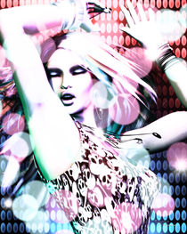 Rave by vaia