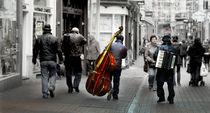 Street Musicians von Víctor Bautista