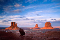 Monument Valley Navajo Tribal Park, Arizona, USA von Tom Dempsey