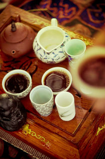 hands of tea by alice-insomnia
