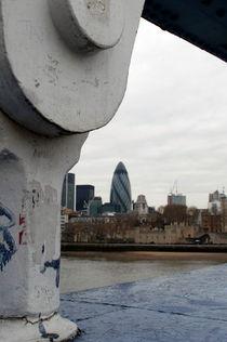View from the Tower Bridge von ANNA CAMORALI