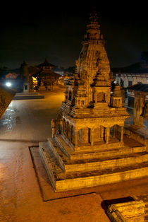 Durbar Square at Night Bhaktapur von serenityphotography