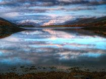Morning Reflections On Loch Leven von Amanda Finan