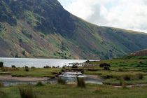 Across Wastwater Lake von serenityphotography