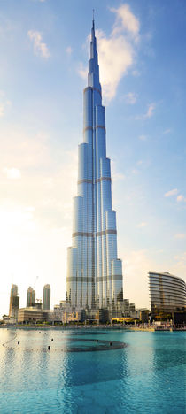 Burj Khalifa the tallest building in the world, Dubai von Tanja Krstevska