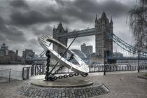 Tower Bridge von Sara Messenger