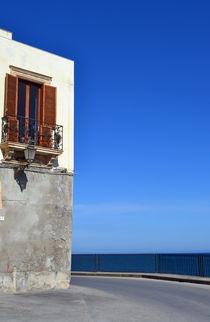 Sizilien, Balkon mit Panorama by sandarine