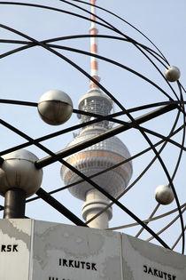 Weltzeituhr-fernsehturm-berlin-2