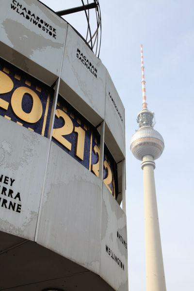 Weltzeituhr-fernsehturm-berlin