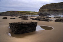Dunraven Bay by Wayne Molyneux
