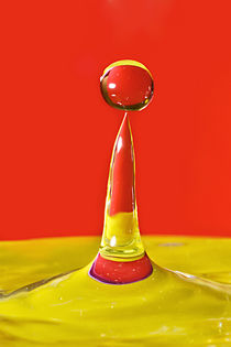 Water-red-yellow-droplet-rgb