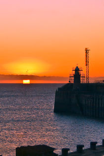 Pier Sunrise von Alice Gosling
