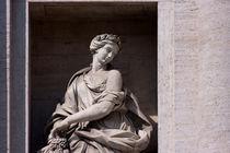 Statue de l'Abondance - Fontaine de Trevi, Rome by Mickaël PLICHARD