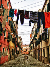 Venice alley by mauriziodp