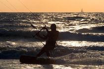 Kitesurfing at Arambol von serenityphotography