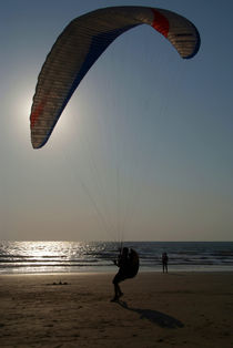 Learning to Paraglide Arambol von serenityphotography