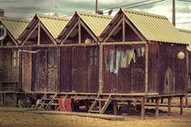 Fisherman ́s shacks by Tiago Pinheiro