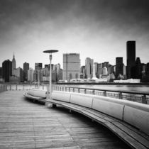 NYC: Brooklyn Quai by Nina Papiorek