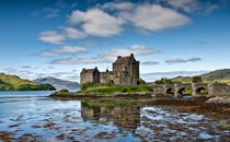 Eilean Donan Castle by Sam Smith