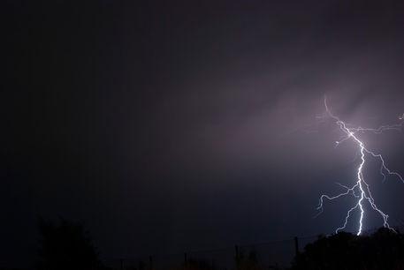 Lightning-5117-010-af