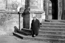 Alte Frau - Kirche Sizilien von captainsilva
