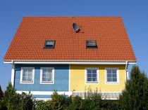 Mehrfamilienhaus mit zwei Farben von Jürgen Effner