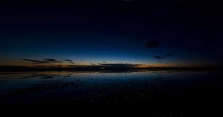 Holy-island-sunset