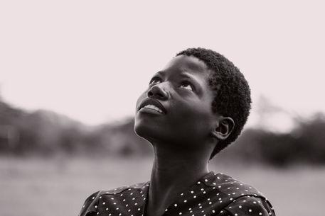 Zambian-girl-c-simonestibbe-dot-com