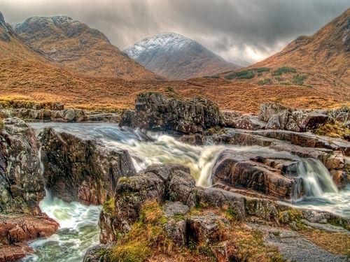 P2058896-waterfall