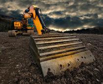 Threatening-excavator